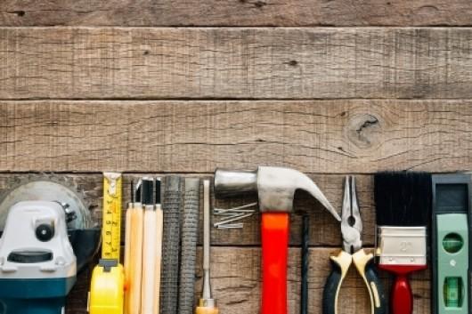 Svajonė - namas: pirkti ar statyti pačiam?